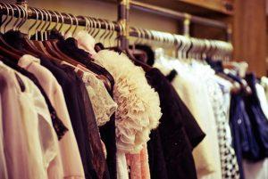 Clothes-Sharin-Economy